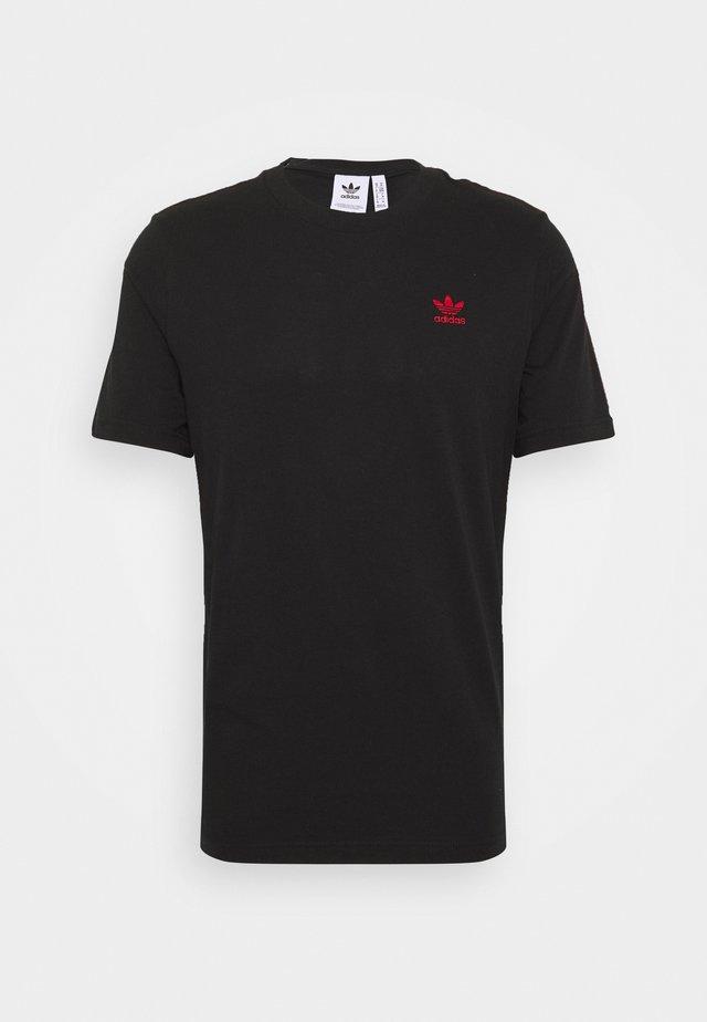ESSENTIAL TEE UNISEX - T-shirt basic - black/red