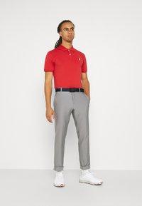 Polo Ralph Lauren Golf - SHORT SLEEVE - T-shirt basic - sunrise red - 1
