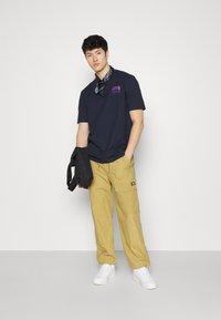 adidas Originals - FLMOUNT TEE - Print T-shirt - legend ink - 4