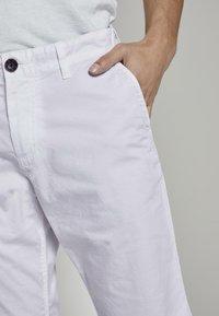 TOM TAILOR - Shorts - white - 5