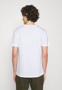 Polo Ralph Lauren - T-shirt imprimé - pure white - 2