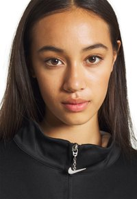 Nike Sportswear - Chaqueta de entrenamiento - black - 3