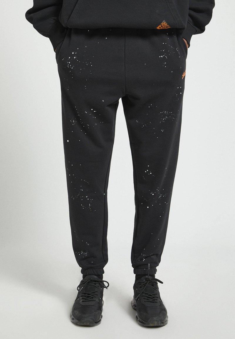 PULL&BEAR - Pantaloni sportivi - mottled black