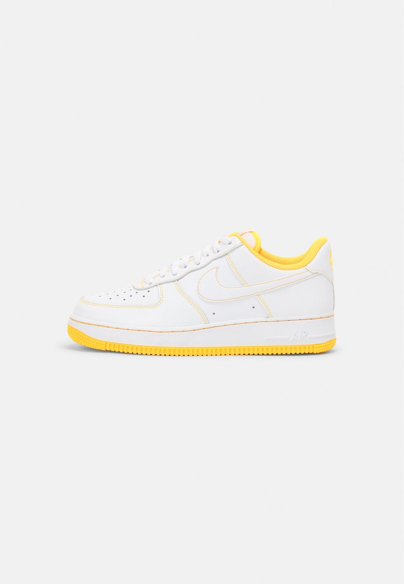 Nike Sportswear - AIR FORCE 1 '07 STITCH UNISEX - Tenisky - white/laser orange