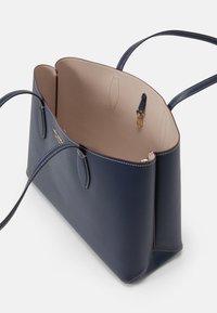 kate spade new york - LARGE TOTE SET - Tote bag - blazer blue - 4