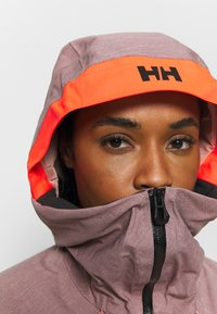 Helly Hansen - POWDERQUEEN 3.0 JACKET - Snowboard jacket - ash rose - 4