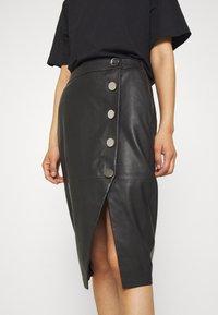 DAY Birger et Mikkelsen - DERI - Pencil skirt - black - 4