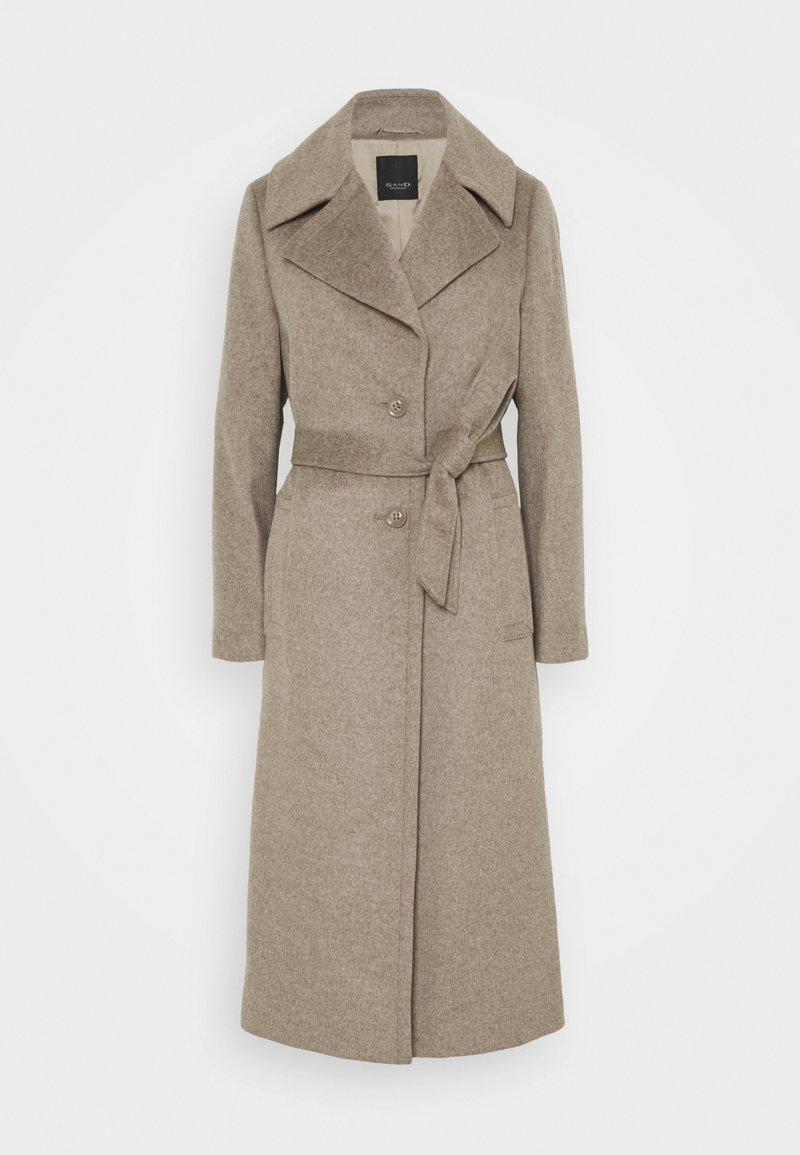 Sand Copenhagen - CLARETA BELT - Classic coat - camel