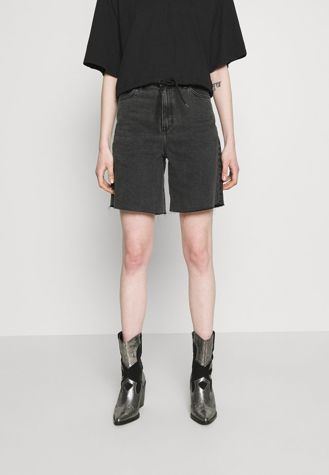 MEJA - Shorts di jeans - retro black