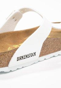 Birkenstock - GIZEH - T-bar sandals - white - 6