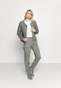 The North Face - CLASS JOGGER - Trousers - agave green - 1