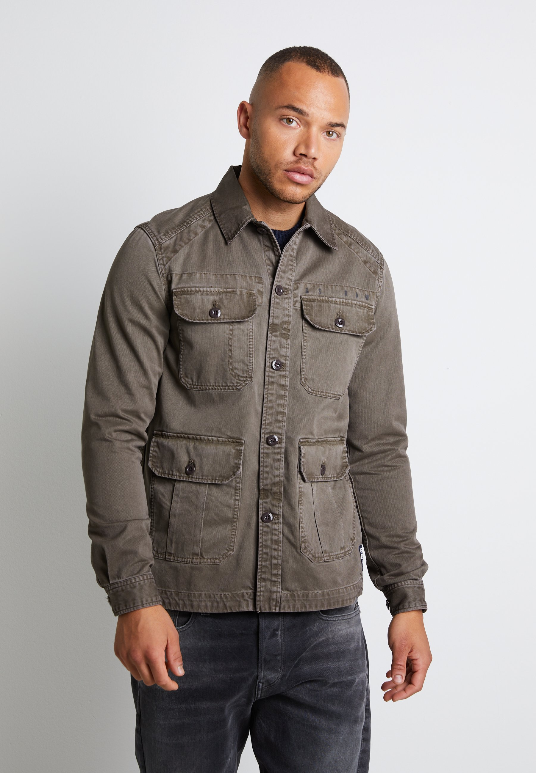 Uomo UTILITY 4 PKT OVERSHIRT DK LEVER WAVE DYED MEN - Giacca di jeans