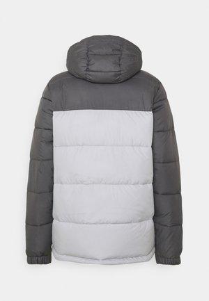 PIKE LAKE HOODED JACKET - Winter jacket - nimbus grey/city grey