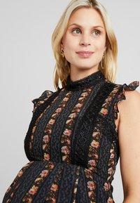 Hope & Ivy Maternity - DROP HEM PENCIL WITH TRIM DETAILS - Maxi šaty - black - 3