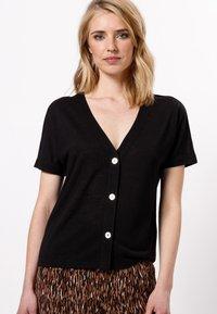 zero - Print T-shirt - black - 0