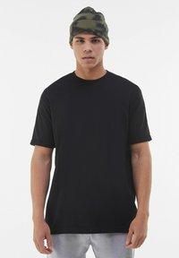 Bershka - T-shirt - bas - black - 0