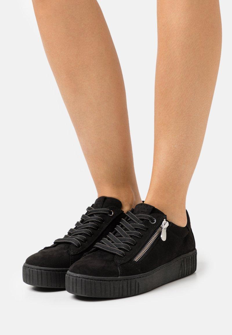 Marco Tozzi - Sneakers laag - black