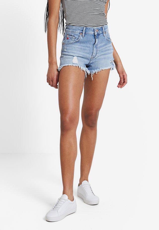 ROSIE - Denim shorts - mid retro 80's