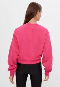Bershka - Sweatshirt - neon pink - 2