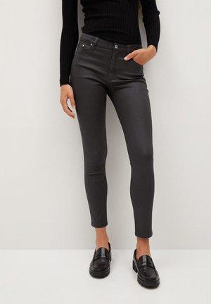 ISA - Jeans Skinny Fit - braun