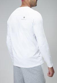 MOROTAI - NKMR  - Long sleeved top - White - 2