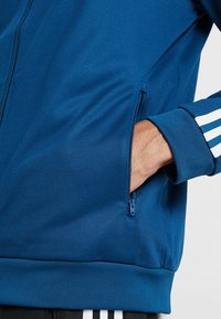 adidas Originals - BECKENBAUER UNISEX - Training jacket - legmar - 3
