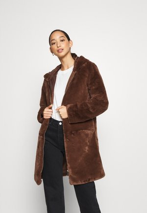 JDYTIT LONG - Classic coat - pinecone
