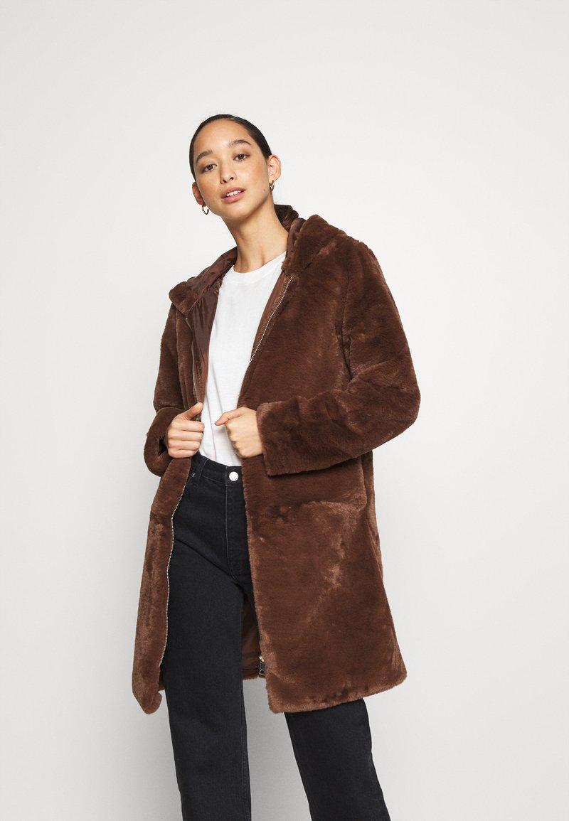 JDY - JDYTIT LONG - Classic coat - pinecone