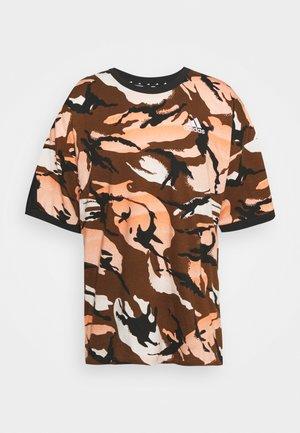 STREET - T-shirt med print - brown