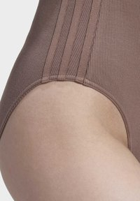 adidas Originals - RIBBED BODYSUIT - Body - brown - 6