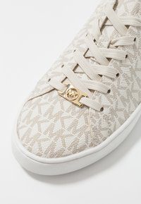 MICHAEL Michael Kors - KEATON LACE UP - Sneaker low - vanilla - 2