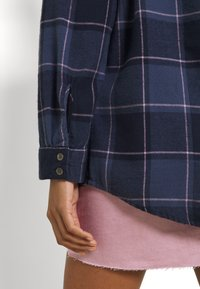 Roxy - TURN IT UP CHECK - Button-down blouse - mood indigo party - 5