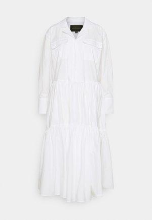 TRINE DRESS - Košilové šaty - white