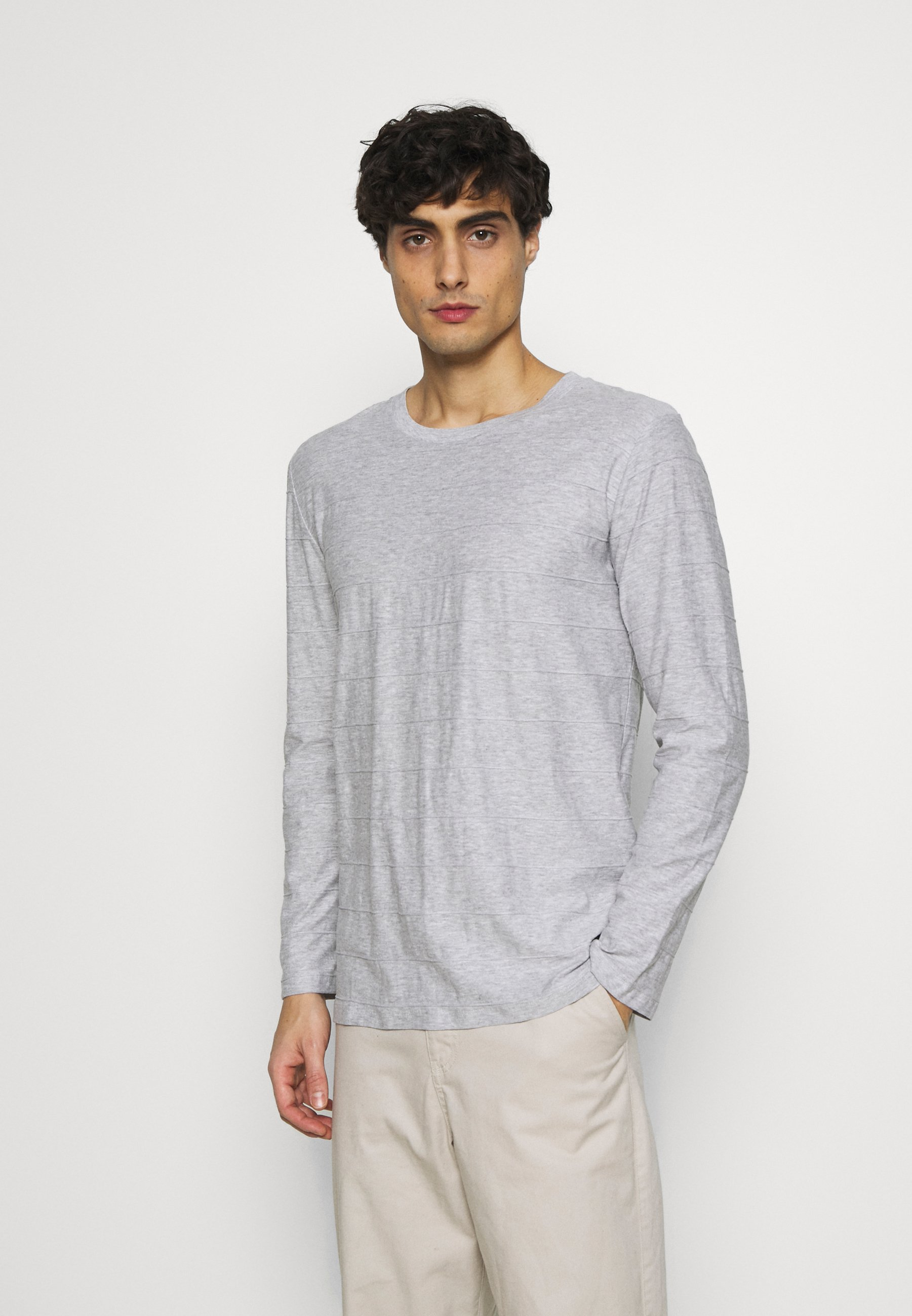 Men NEW STRUCTURE - Long sleeved top