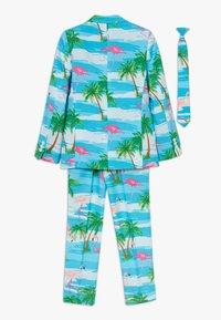 OppoSuits - FLAMINGUY SET - Suit - light blue/pink - 1