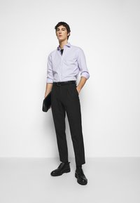 HUGO - KASON - Formální košile - light/pastel purple - 1