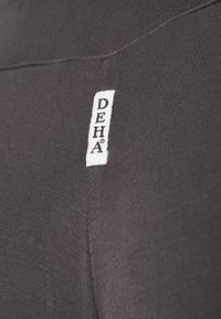 Deha - PANTS - Trainingsbroek - grey - 2
