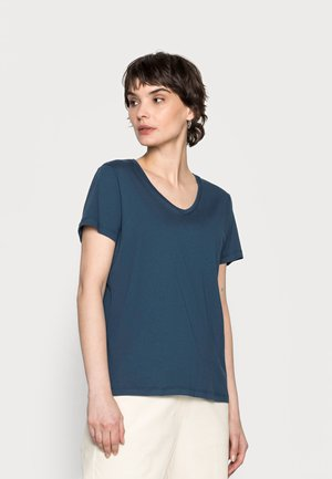 NAIA - Basic T-shirt - moonlit ocean