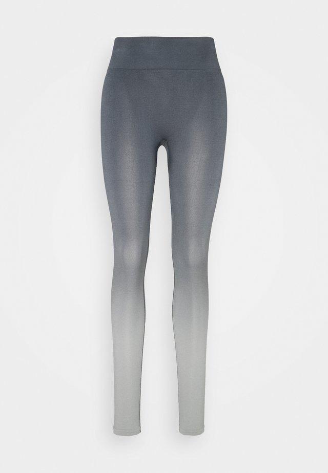 SEAMLESS OMBRE LEGGINGS - Legginsy - ombre blue