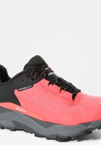 The North Face - EXPLORIS FUTURELIGHT - Hiking shoes - fiesta red tnf black - 5