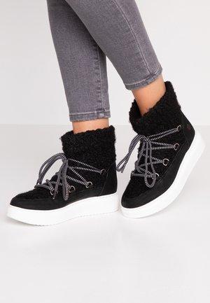 DULCE - Kotníkové boty na platformě - black
