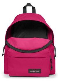 Eastpak - Reppu - ruby pink - 5