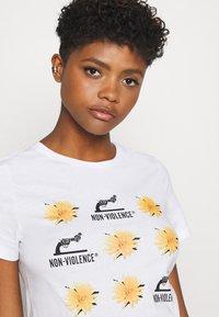 ONLY - ONLNON VIOLENCE LIFE - Print T-shirt - bright white - 3
