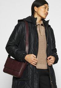 Liu Jo Jeans - IMBOTTITO OVATT LUNGO - Winter coat - nero - 5