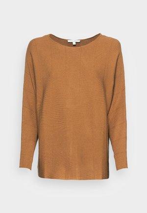BATWING  - Stickad tröja - soft camel