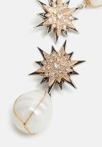 Anton Heunis - OMEGA DOUBLE STAR WITH PENDANT - Ohrringe - cream/antique silver-coloured/gold-coloured - 2