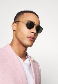 Ray-Ban - Sunglasses - black - 1