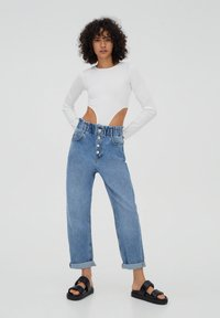PULL&BEAR - Relaxed fit jeans - mottled blue - 1