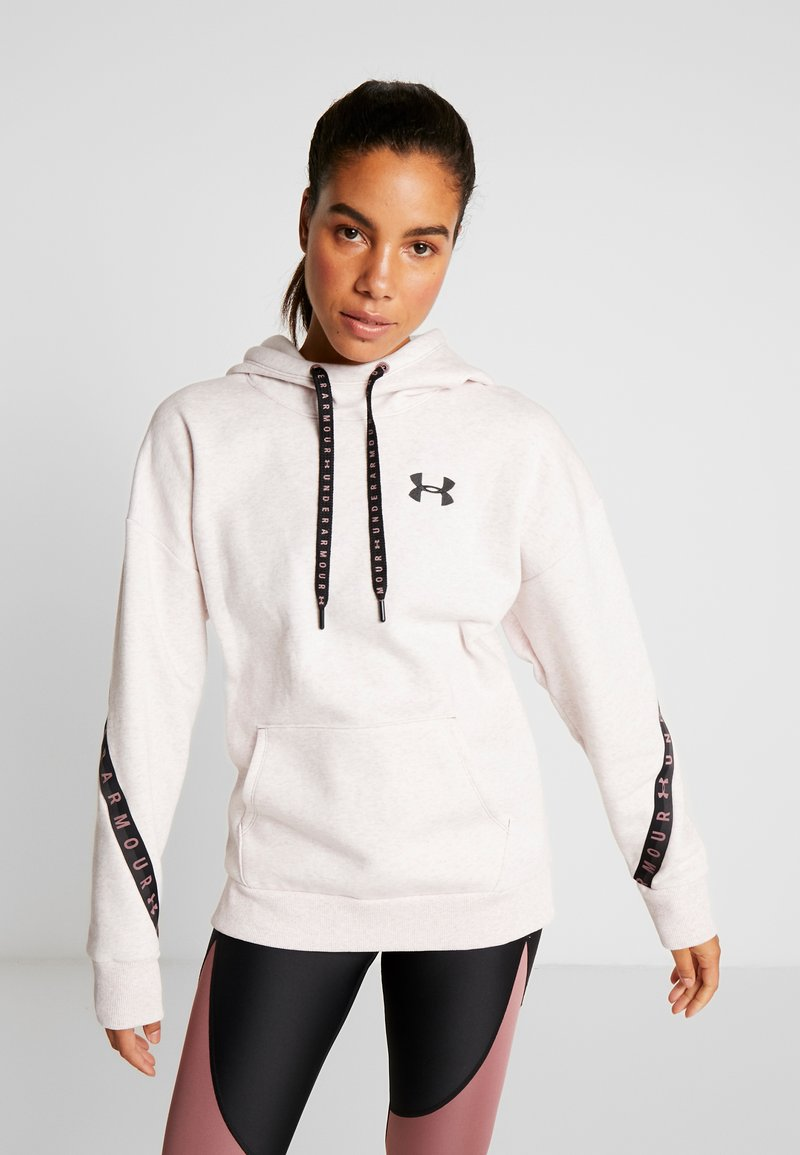 Under Armour - FLEECE HOODIE TAPED WM - Jersey con capucha - hushed pink medium heather/black
