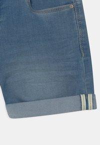 Name it - NKFSALLI - Jeans Short / cowboy shorts - medium blue denim - 2